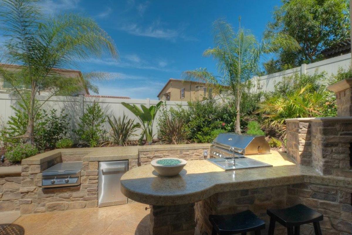 Outdoor Kitchen – Sunset Outdoor Creations